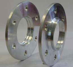 18 mm dick, LK = 6/205 und ML = 161 mm M18x1,5 Mutter 2X18X6i1610X6i1610